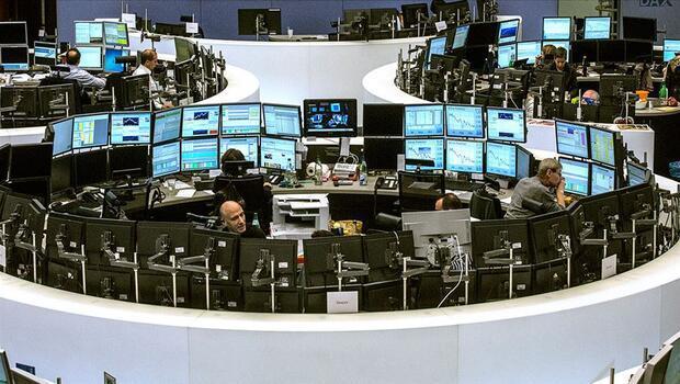 Piyasalar haftaya karışık seyirle başladı