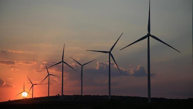 AB yenilenebilir enerjiye hız veriyor