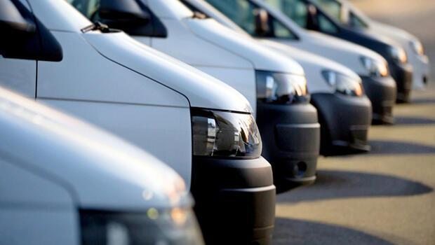 AB`de ticari araç satışları sert düştü
