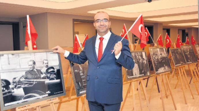Ata'nın en özel  İzmir kareleri