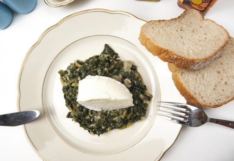 İşte gripten koruyan yemek tarifleriYoğurtlu ıspanak: