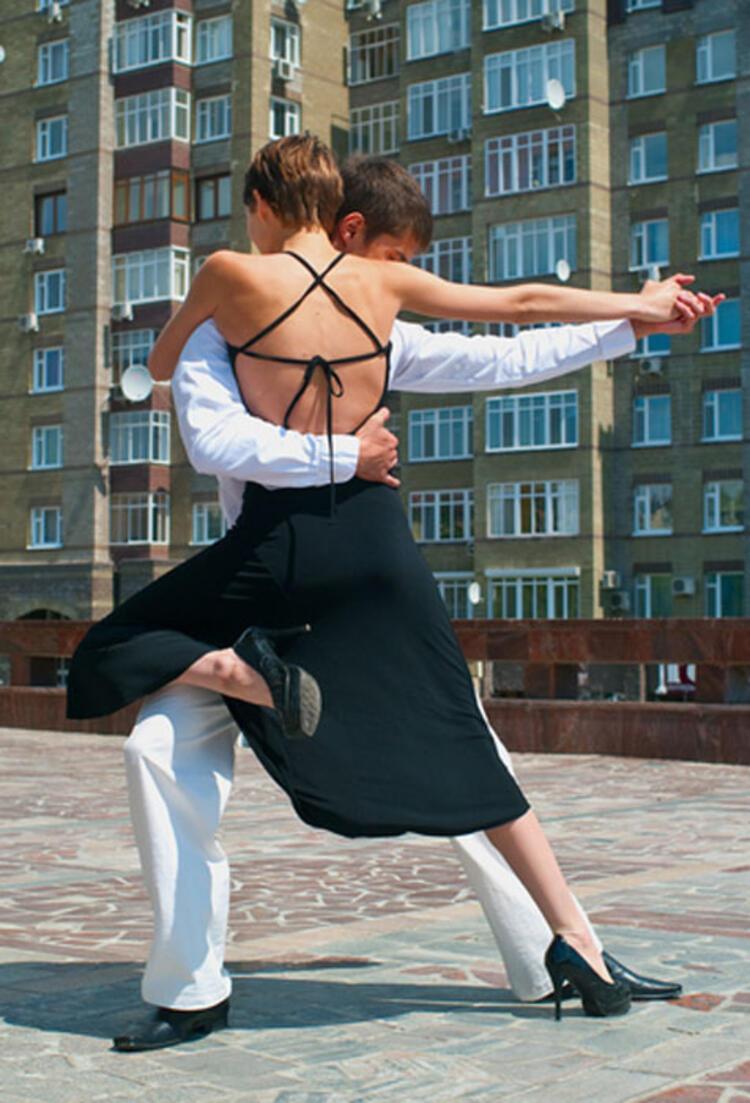 Dans etmek: Yarım saatte 103 kalori