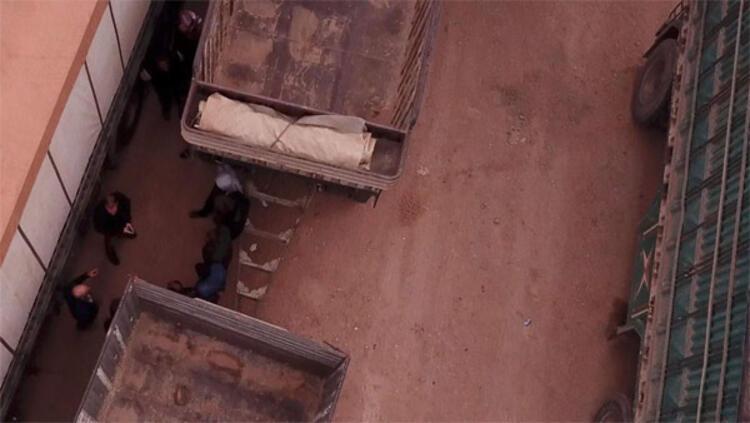 Son dakika... Katil sürüsünün yeni görüntüleri Silahlarıyla poz verdiler...