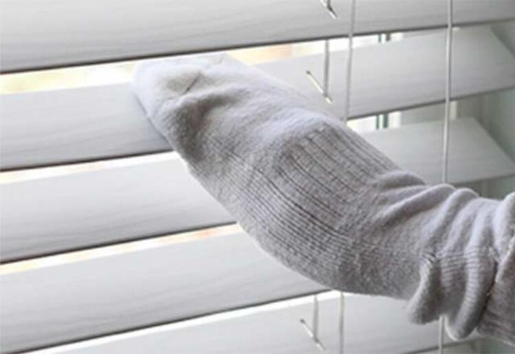 Kepenkleri temizlemek için çorap