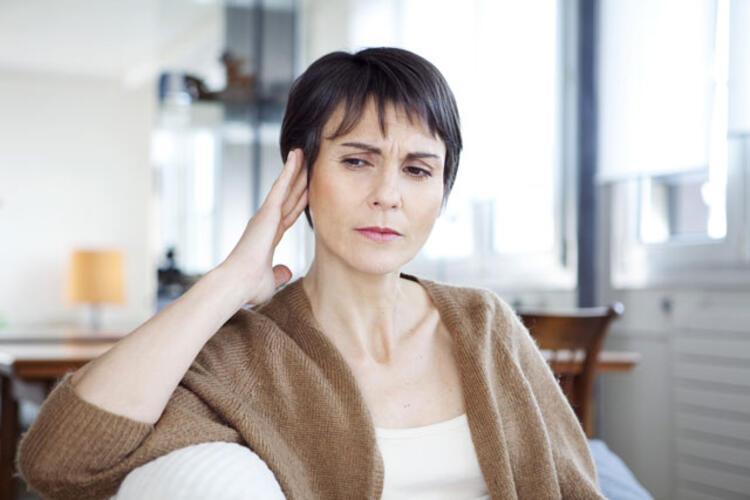 Tek kulakta ağrı