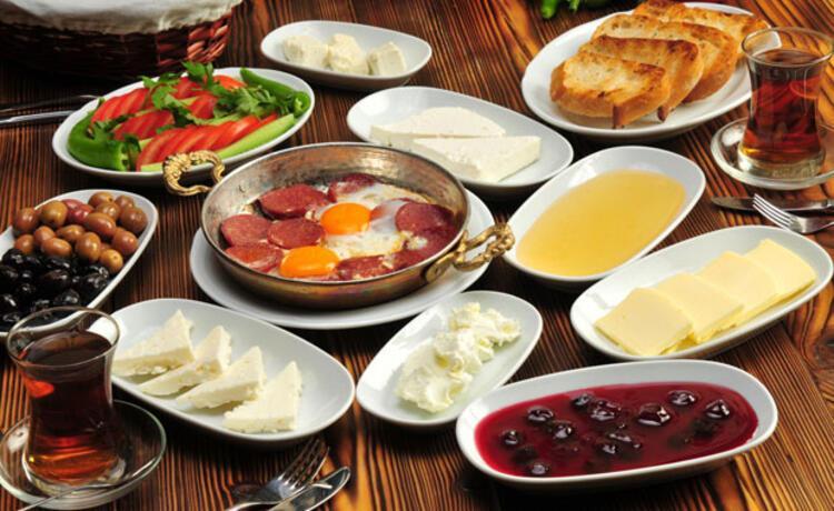 Pazar sabahı mutlaka kahvaltı yapın