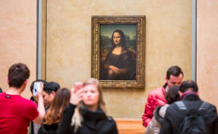 Mona Lisa (Louvre Müzesi, Paris, Fransa)