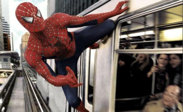 15. Örümcek Adam 2 (2004) - 250.1 milyon dolar