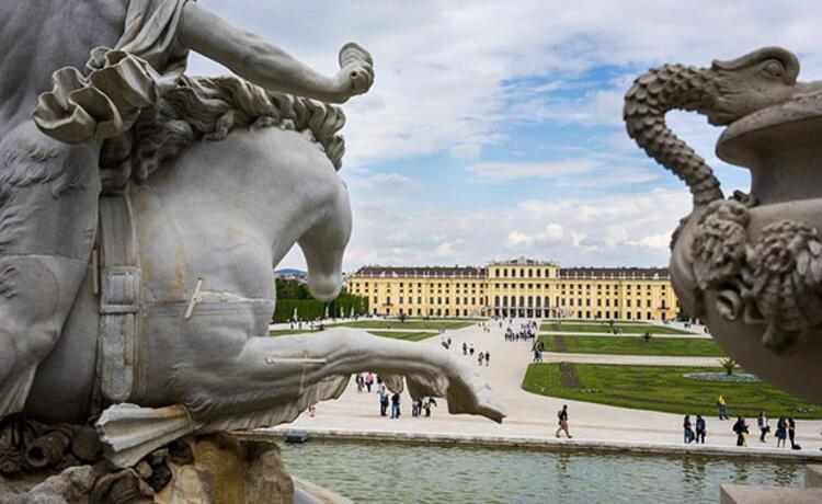 Schönbrunn, Avusturya