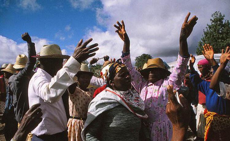 Ölülerle Dans, Madagaskar