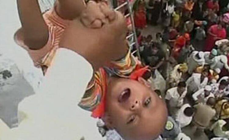 Bebek Fırlatma, Hindistan