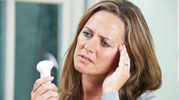 Menopoz 3 döneme ayrılır