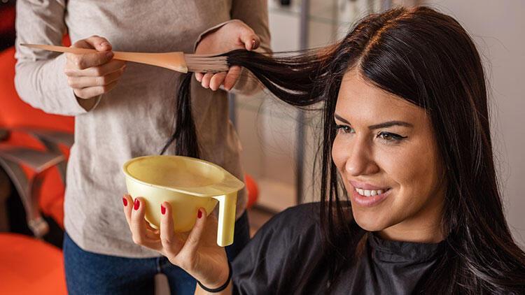 Boyadan sonra saçınızı 24 saat yıkamayın