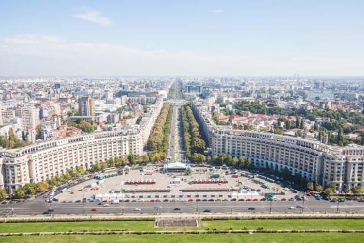 5da068b0adcdeb208080bf38 - Balkanların Paris'i Bükreş