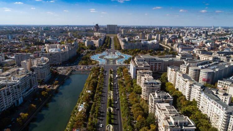 5da068b0adcdeb208080bf44 - Balkanların Paris'i Bükreş