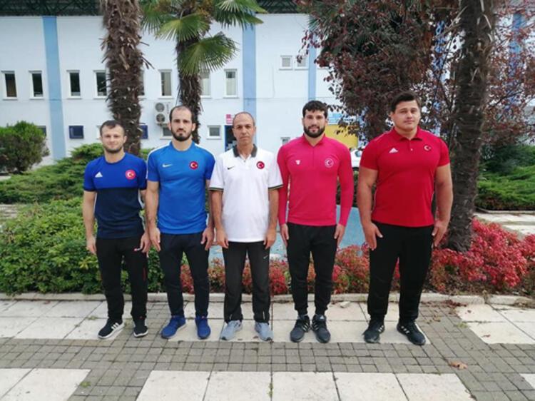 Olimpiyat şampiyonu milli güreşçi Taha Akgül, askerlik için birliğine teslim olmadan hemen önce Demirören Haber Ajansına (DHA) özel açıklamalarda bulundu.