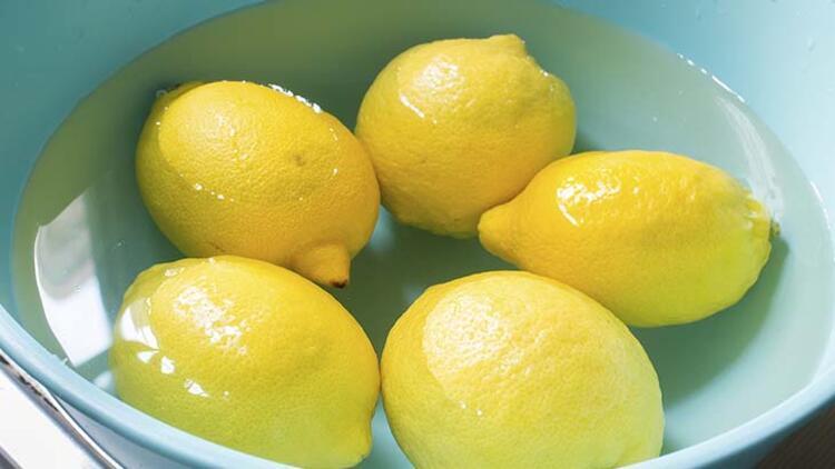 Sebze ve meyvelerinizi karbonatlı suda bekletin