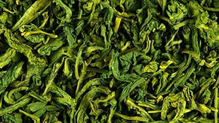 Yeşil çay tüketin ve yüz maskesi olarak uygulayın
