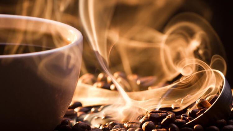 Türk kahvesi nasıl fincanda içilir