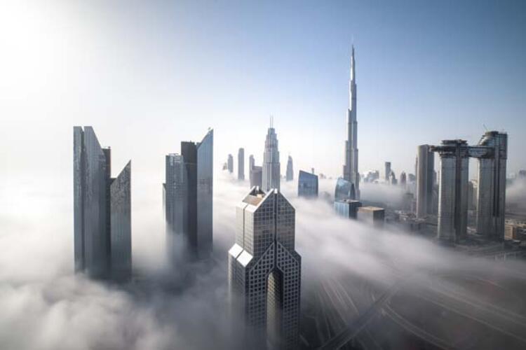 74. Dubai, BAE