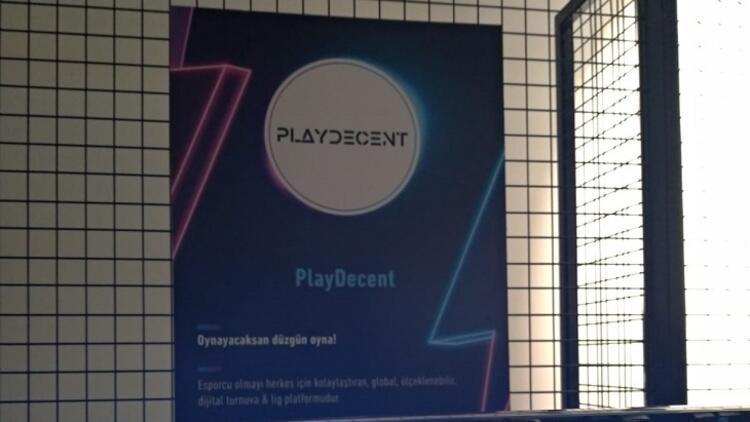 Playdecent