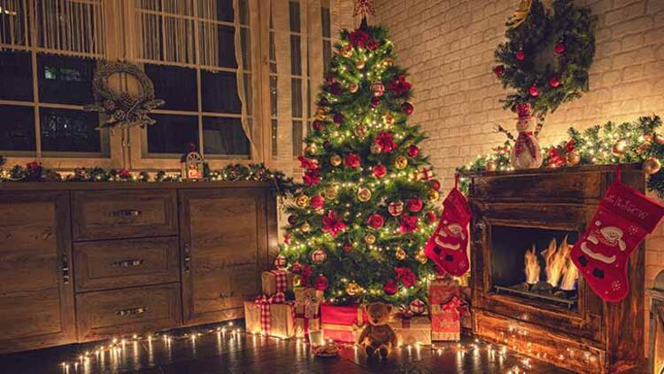 Gülşah KaramanYılbaşının vazgeçilmezi: Yılbaşı ağacı süsleme önerileri