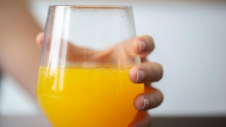 8-Şekerli içecek yerine su için