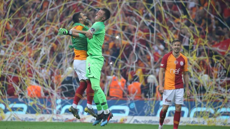 Galatasaray ligde ipi göğüsledi
