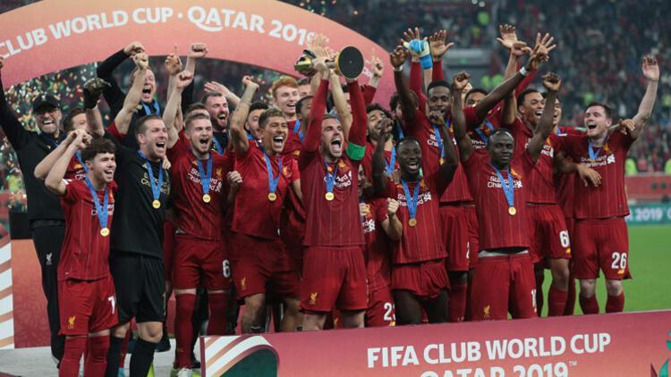 Liverpool kupaları üçledi...