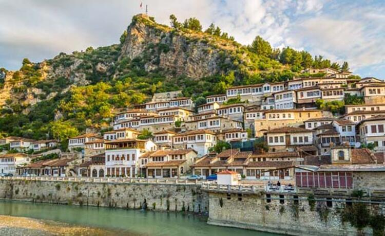 Berat, Arnavutluk