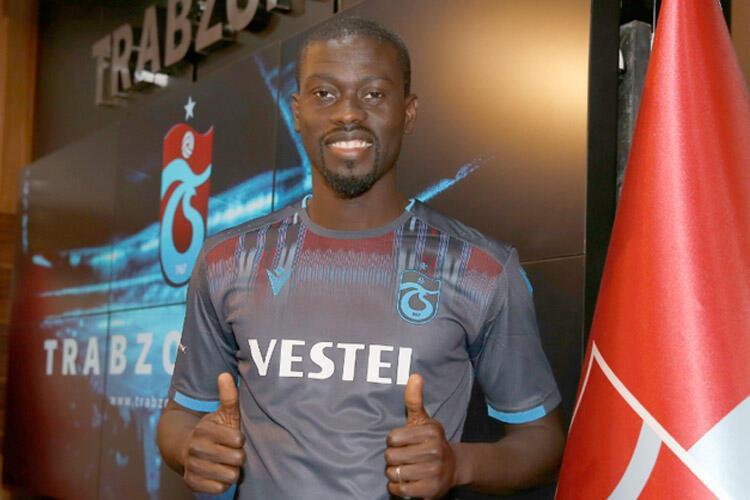Badou Ndiaye: Stoke Cityden Trabzonspora (Satın alma opsiyonlu kiralık)