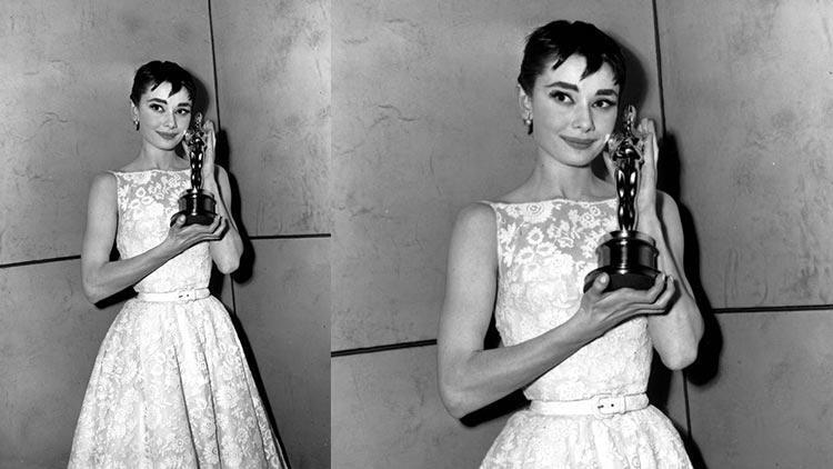1954 - Audrey Hepburn