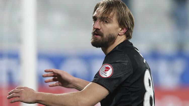 Beşiktaş 1.2 milyon euro önermeyi planlıyor