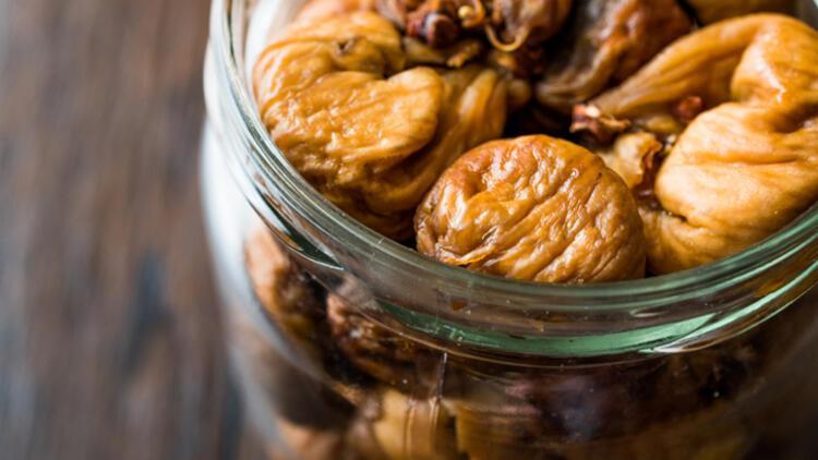 PEMBENAR ÖZEL1-İncir, muz ve avokado yiyin
