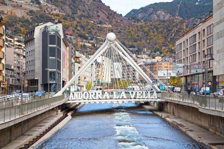 Andorra - 90 gün