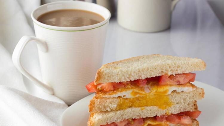 2-Kahve-peynirli sandviç