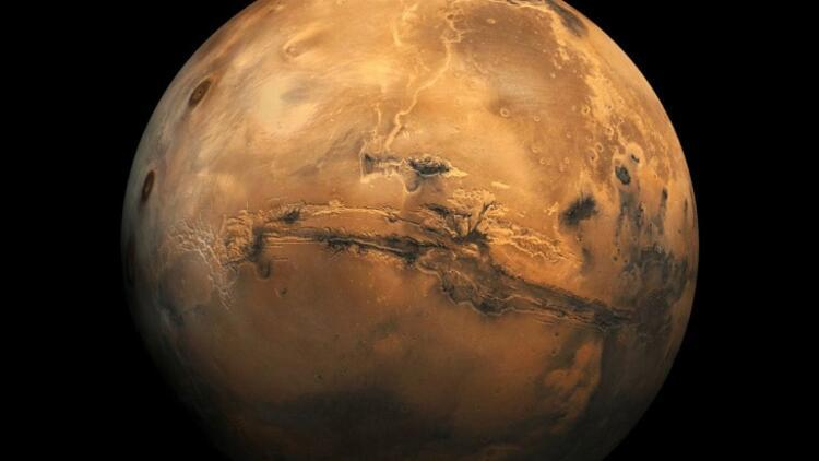 NASA Marsın en net fotoğrafını paylaştı Tam 1.8 milyar piksel...
