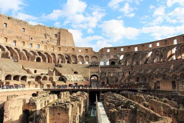 Kolezyum, Roma