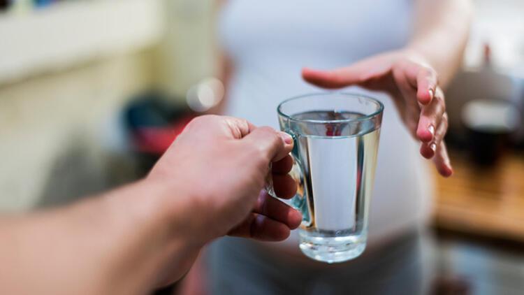 3-Bol sıvı tüketin, sağlıklı beslenin