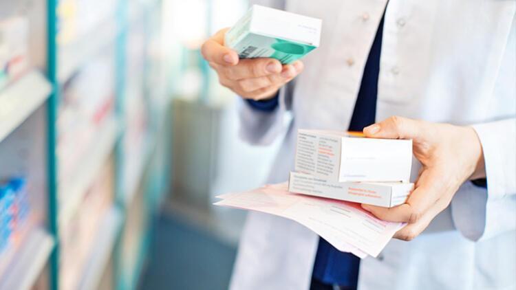Eczanenin içinde en fazla 3 hasta kuralı uygulanmalı
