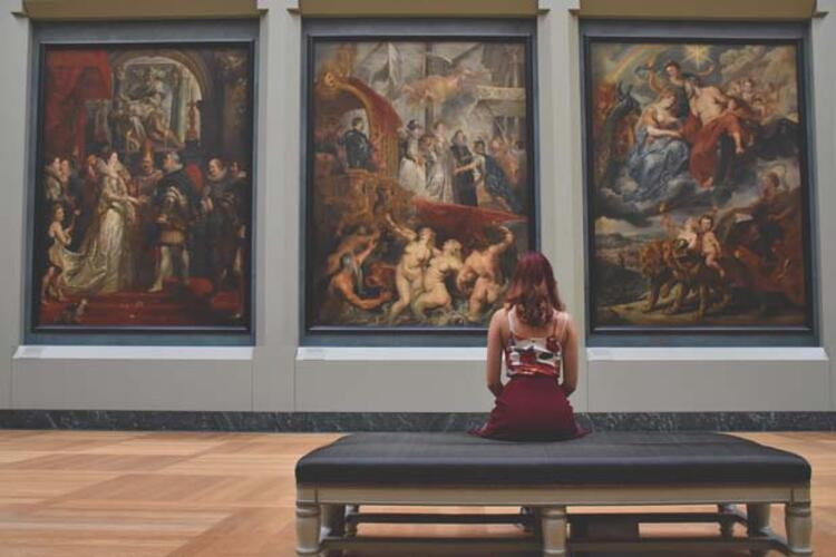 Louvre Müzesi, Paris