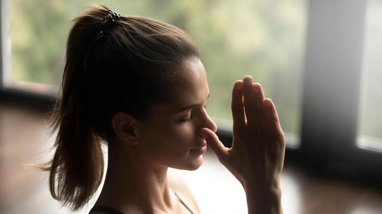 Corona gündeminde artış gösteren anksiyeteyi zihnimizde nasıl yönetebiliriz