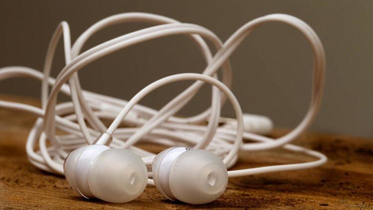 Kulaklık temizliği