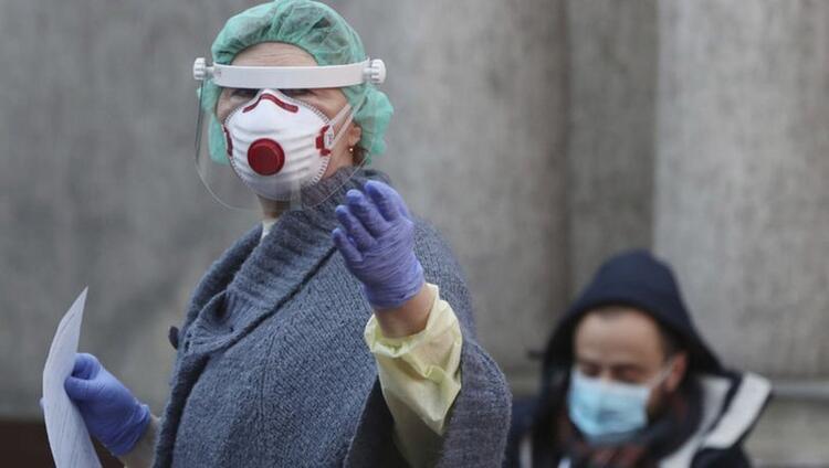 El cihazı 75, dezenfeksiyon kapısı 15 saniyede virüsü öldürüyor