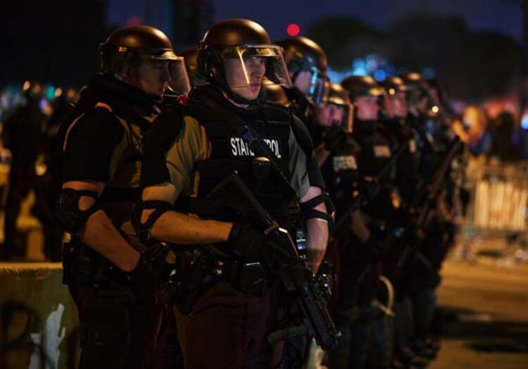 Floydun Nefes alamıyorum feryadı, polis şiddetini gündeme taşıdı