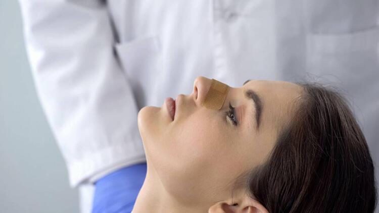4-Rinoplasti ağrılı bir operasyondur