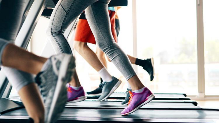 4-Yürürken, koşarken en az 4-5 metre mesafe şart