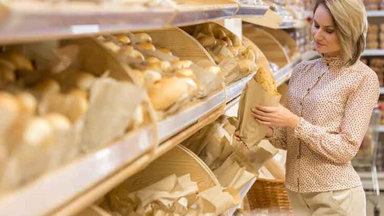 Ekmek satın alırken...