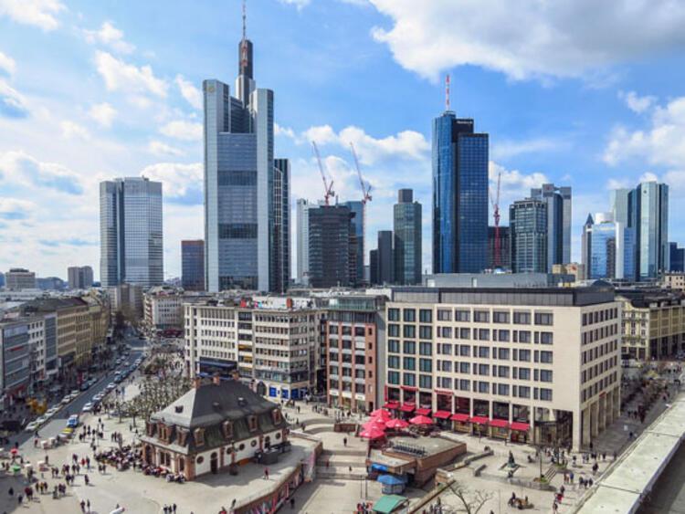 79. Frankfurt, Almanya