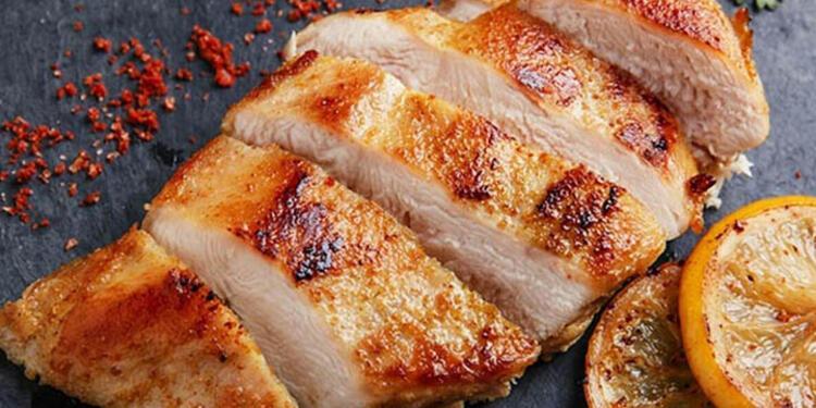 Dana eti ve tavuk göğsü